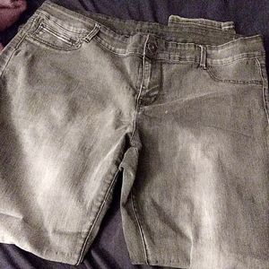 20R Maurices jeggings